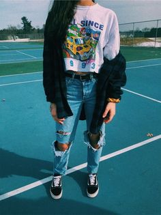 20 Must-Try Tomboy Outfits in 2020 20 Must-Try To Edgy Outfits MustTry Outfits tomboy Casual School Outfits, Teenage Outfits, Cute Comfy Outfits, Teen Fashion Outfits, Mode Outfits, Outfits For Teens, New Outfits, Trendy Outfits, Scene Outfits