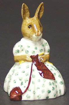 """Bunnykins series """"Busy Needles"""" by Royal Doulton"""