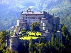 fantásticos castillos medievales del mundo, descubre más lugares interesantes en mipagina.1001consejos.com