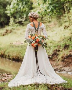 Back shots are some of my favorite, but back shots with gorgeous squash blossoms and beautiful bouquets are even better💞 Turquoise Jewlz:… Wedding Dress With Veil, Wedding Dresses, Beautiful Bouquets, Squash Blossom, Blossoms, Shots, Turquoise, Fashion, Bride Dresses