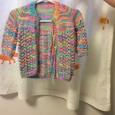 Cute little sweater, I think. Cute, Sweaters, Projects, Fashion, Moda, Kawaii, Pullover, Sweater