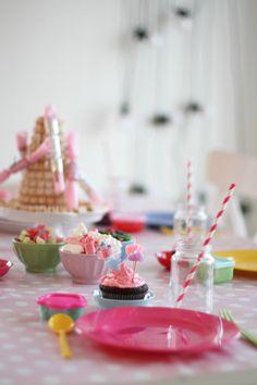 jordbærpiken - little girl's party