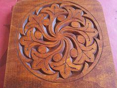 tallado en madera mandala