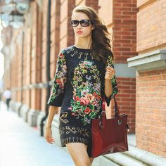 European Style Rococo Printed Half-sleeved Round Neck Womens Loose Autumn Short Section Dress
