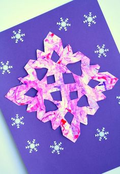 Marble Painted Snowflake Craft Winter Art for Kids - Fantastic Fun & Learning - - Create a colorful snowflake craft using the classic marble painting technique. Use it as winter art and a writing prompt like we did. Simple Snowflake, Snowflake Craft, Winter Activities For Kids, Winter Crafts For Kids, Preschool Winter, Creative Activities, Creative Play, Classroom Activities, Marble Painting
