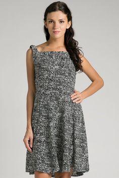 Arsy Dress Chanira IDR 249.900
