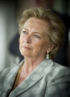 R4R Royal Bios: (Belgium)   Queen Paola of the Belgians  -Donna (Princess) Paola Ruffo di Calabria  -wife of King Albert  -queen consort of Belgium  -born September 11, 1937  -married King Albert (then Prince ofLiège) on July 2, 1959