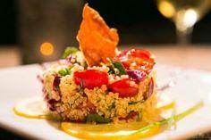 Salada de quinoa com  Parma Parma, Bruschetta, Tips, Lingerie, Ethnic Recipes, Food, Quinoa Salad, Shower Party, Salads