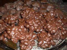 Easy Peanut Clusters