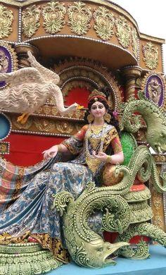 I thought you'd like this Album's. 20 K~Hd Photo 👌 You can Shared. Saraswati Puja Pandal, Saraswati Murti, Kali Puja, Durga Ji, Saraswati Goddess, Ganesh Lord, Ganesha, Ganpati Picture, Maa Durga Image