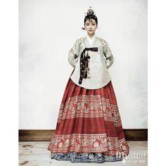 Korean. | Korean | Pinterest ❤ liked on Polyvore featuring hanbok