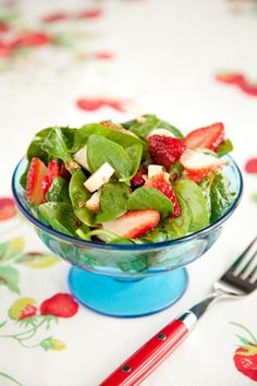 Paula Deen Spinach, Strawberry, and Hearts of Palm Salad