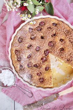 Najlepší kysnutý koláč s čerešňami | Urob si sám Pancakes, Breakfast, Food, Kitchens, Morning Coffee, Essen, Pancake, Meals, Yemek