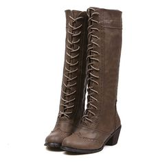 Stivali lacci modello British - Affaire de Fringue. Here as well: http://www.antdress.com/british-style-womens-knee-high-boots-with-openwork-and-zipper-design-p924691.html
