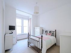 Book our entire house for less than the price of a central London hotel room.