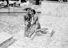 Dustin Hoffmane and Anne Byrne, 1975
