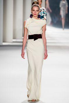 Carolina Herrera | Fall 2014 Ready-to-Wear Collection | Style.com