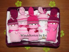 *Originelles Geburts- oder Taufgeschenk für Mädchen*  _Windelbabys - im Aufbewahrungskörbchen_  Windeltorten, die aus den USA kommen, sind inzwischen auch hierzulande beliebte Geschenke zur...