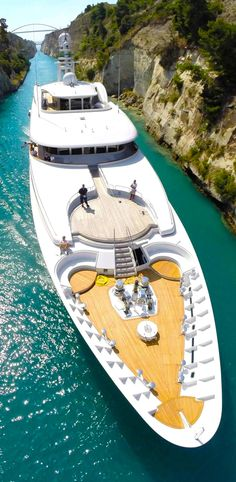 Mega super luxury Getaway Yacht in Caribbean Islands. Take vacations to forget a. - Real Palm Trees EStore - - Mega super luxury Getaway Yacht in Caribbean Islands. Take vacations to forget a. Yacht Design, Super Yachts, Yachting Club, Yacht Interior, Interior Design, Luxury Interior, Luxury Furniture, Design Art, Furniture Design