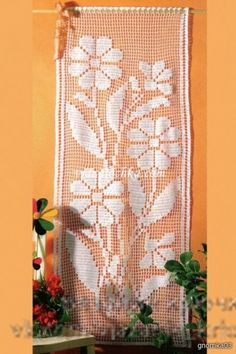 Lovely filet crochet flowers panel - chart only. Crochet Table Runner, Crochet Tablecloth, Crochet Doilies, Bird Curtains, Crochet Curtains, Thread Crochet, Crochet Stitches, Knit Crochet, Crochet Flower Patterns