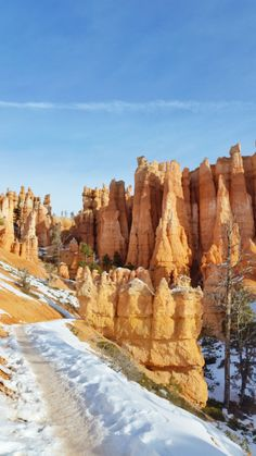 hiking utah winter things to do. us national park vacation ideas winter. utah places to visit. Bryce Canyon, Top 10 National Parks, Angeles, Winter Hiking, Winter Travel, Winter Landscape, Outdoor Travel, Nature Photography, Travel Photography