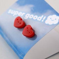 Happy hearts stud earrings