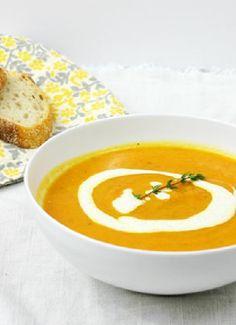 Low FODMAP & Gluten free Recipe - Carrot & Parsnip soup (update) http://www.ibssano.com/low_fodmap_recipe_carrot_parsnip_soup_parsley_cream.html