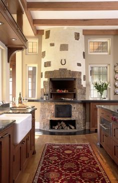 Salivating over this kitchen with an indoor built in grill Built In Grill Design, Pictures, Remodel, Decor and Ideas. Grill Design, Küchen Design, Home Design, Design Ideas, Cozy Fireplace, Fireplace Design, Wooden Fireplace, Fireplace Cover, Freestanding Fireplace
