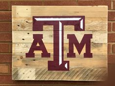 Texas A&M University Reclaimed Wood Pallet Sign