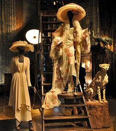 Mariano Fortuny possessed an artistic diversity that included painting, sculpture, engraving, set design, lamp designs and photography Marchesa, Lamp Design, Palazzo, Christian Dior, Venice, Photography, Outfits, Collection, Museums