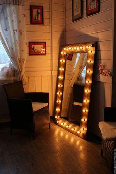 Зеркала ручной работы. Ярмарка Мастеров - ручная работа. Купить Гримёрное зеркало с лампочками. Handmade. Зеркало настенное, ретро стиль