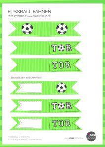 Fußball Deko Fähnchen für die Kinder-Soccer-Party einfach und schnell selber machen - zum selberbeschriften - DIY mit Free Printable // FAMILICIOUS.DE