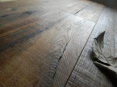 """Maxilistoni prefiniti - MAXILISTONE prefinito KAHRS DA CAPO COLLECTION modello """"UNICO"""" in rovere antico lavorato interamente a mano, spazzolato,piallato, con inserti a farfalla,bisellato, olio naturale **300 euro di prodotti in omaggio** - DA Capo Collection- parquet in quercia antica interamente realizzati a mano da mastri artigiani. I parquet Kährs sono prodotti naturali di altissima qualità. I pavimenti in legno durano per generazioni e questo è solo uno dei tanti motivi per cui sono così…"""