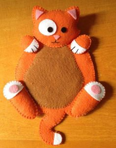 Should you have a passion for arts and crafts you will enjoy this website! Cat Crafts, Sewing Crafts, Sewing Projects, Felt Coasters, Cat Quilt, Felt Cat, Felt Decorations, Felt Patterns, Penny Rugs