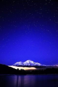 Beautiful Mount Shasta, California. Have fond memories of houseboating on Lake Shasta