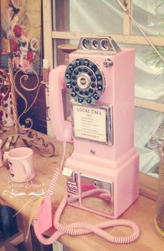 Retro pink payphone {junk gypsy co} Here you go, Cheryl Copeland. Don't you love this phone? I do!