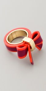 Marc by Marc Jacobson Bow Ring. How adorable.