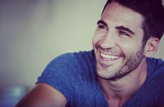 We first stumbled across our latest addition to handsome Spanish men, Miguel Ángel Silvestre, while watching the American television series, Miguel played the rather gorgeous gay actor, Lito Rodriguez Miguel Angel, Pretty Men, Gorgeous Men, Beautiful Smile, Lito Rodriguez, Spanish Men, Spanish People, Scruffy Men, Amor