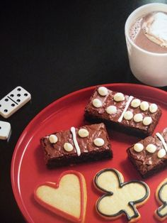 Game Night Themed Party- Domino Brownies and Playing Card Suites cookies
