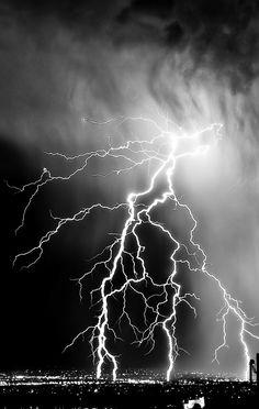 Nature Lightening Storm Over City iPhone wallpaper Storm Wallpaper, City Wallpaper, Iphone Background Wallpaper, Iphone Wallpaper Lightning, Volcano Wallpaper, Iphone 7 Plus Wallpaper, Wallpaper Gallery, Black And White Picture Wall, Black And White Background