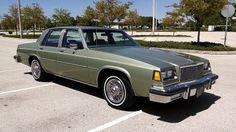 1985 Buick LeSabre Custom American Bully Pitbull, Retro Cars, Vintage Cars, Chevy Caprice Classic, Buick Cars, Buick Electra, Buick Lesabre, Old School Cars, Classic Cars