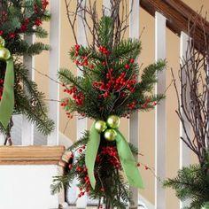 42 Wonderful Christmas Stair Decoration Ideas For 2013
