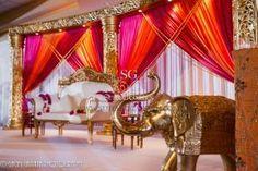 Indian Wedding Reception stage, Marriott Coral Springs, Suhaag Garden, Florida wedding decorator, fuchsia and orange
