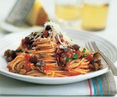 Spaghetti with Eggplant and Tomato Sauce