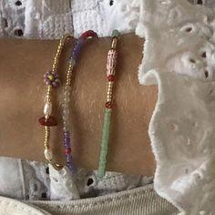 Cute Jewelry, Diy Jewelry, Jewelry Accessories, Fashion Accessories, Handmade Jewelry, Jewelry Making, Bead Jewellery, Beaded Jewelry, Beaded Bracelets
