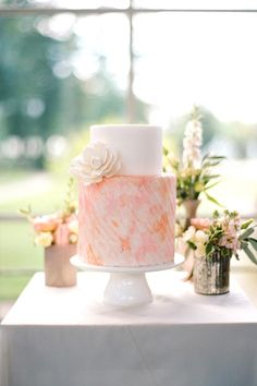 Watercolor Wedding Cake by Sugarlips Cakes    Photo by Audra Wrisley