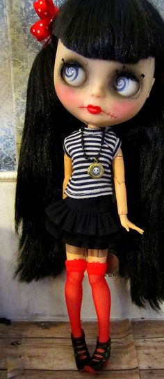 Miss Bettie Rage,blythe doll. Love her eyes me too I like the dolls with the big eyes☺