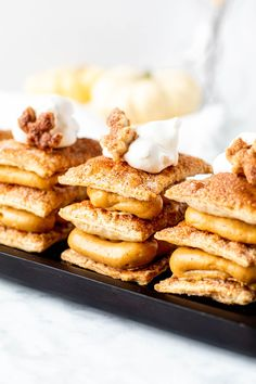 Pumpkin Pudding Napolean Pastries are a great alternative to pumpkin pie! Layers of buttery, flaky dough are alternated with creamy pumpkin pudding. Apple Crisp Easy, Apple Crisp Recipes, Pumpkin Recipes, Pumpkin Pudding, Pumpkin Spice Syrup, Napoleon Pastry, Oat Crumble Topping, Thanksgiving Desserts, Fall Desserts