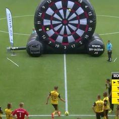 """5,478 kedvelés, 65 hozzászólás – Luxury Lifestyle Futbol (@luxurylifestylefutbol) Instagram-hozzászólása: """"AZ alkmaar players playing Foot Darts 🎯⚽ 🎥:@luxurylifestylefutbol (Me) - follow the Luxury…"""""""