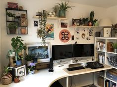 moved my office space into the spare room [Bristol, UK] : AmateurRoomPor. -Finally moved my office space into the spare room [Bristol, UK] : AmateurRoomPor. My New Room, My Room, Gaming Room Setup, Pc Setup, Computer Setup, Desk Setup, Home Office Setup, Game Room Design, Gamer Room